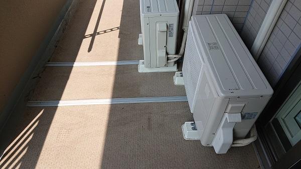 エアコン排水用レールを設置してマンションのベランダが汚れるのを防ぐ方法